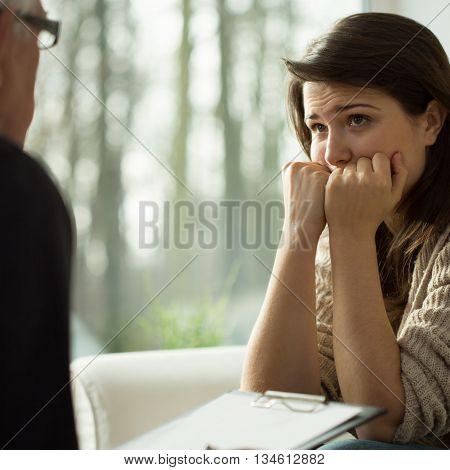 Depressed Women Listen Her Therapist