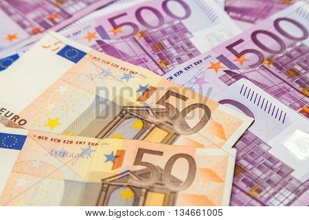 many five hundred and fifty euro notes