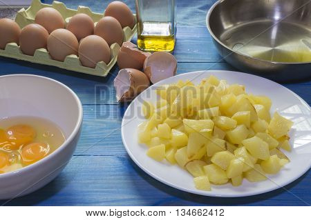 omelet with potatoes, ingredients for omelet with potatoes