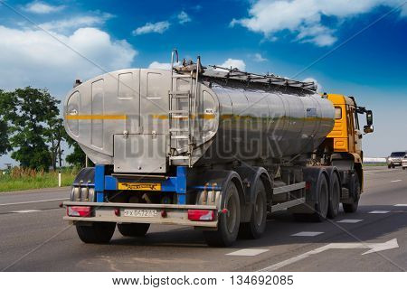 ROSTOV / DON. RUSSIA. M4-DON. 16 June 2016. Tanker MAN transports gasoline on the highway M4 Don. June 16. Russia