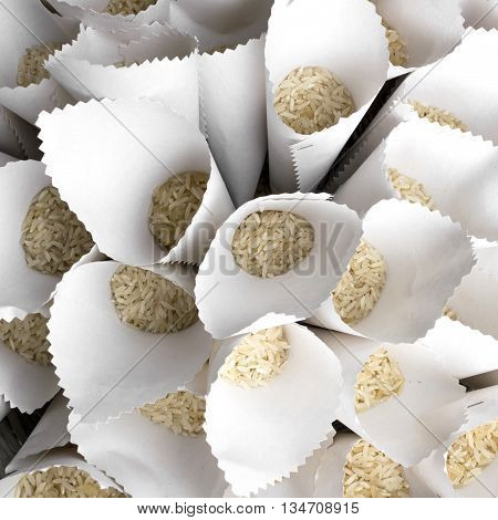 Portions of rice to launch the spouses during marriage