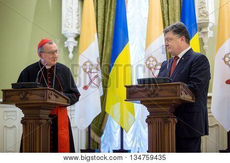 Petro Poroshenko And Vatican Secretary Of State Cardinal Pietro Parolin