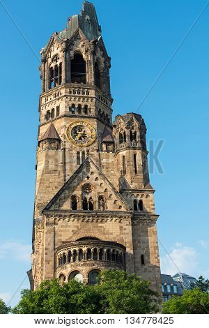 The damaged Kaiser-Wilhelm Gedaechtniskirche, one of Berlins landmarks