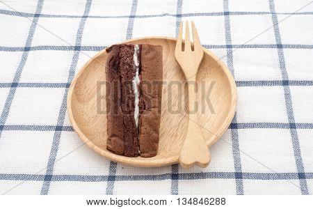chiffon cake on wood plate, ready to serve
