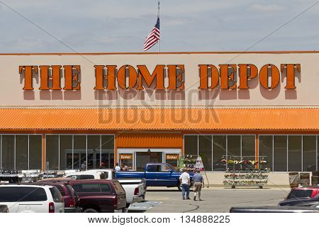 Logansport IN - Circa June 2016: Home Depot Location. Home Depot is the Largest Home Improvement Retailer in the US III