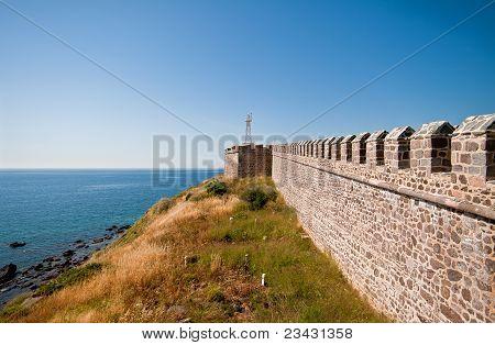 Histórico castelo em Babakale, Turquia