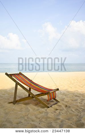 Canvas Bed On Beautiful Beach At Pattaya
