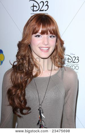 LOS ANGELES - AUG 21:  Bella Thorne at the D23 Expo 2011 at the Anaheim Convention Center on August 21, 2011 in Anaheim, CA