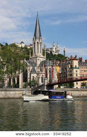 Vaporetto in Lyon