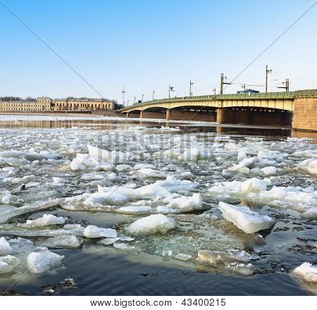 Spring Ice Floes On The River Neva In St Petersburg Liteiny Bridge View.