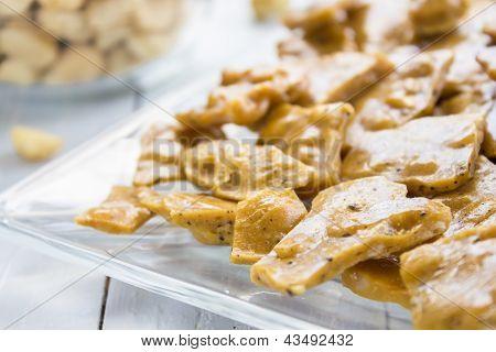 Kona Coffee Macadamia Nut Brittle