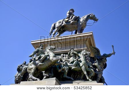 he Monument to the Tsar Liberator