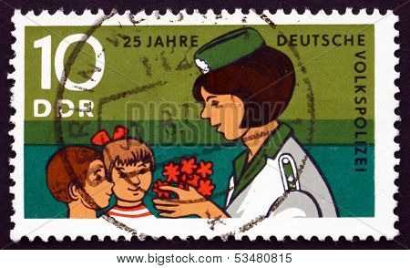 Postage Stamp Gdr 1970 Young Pioneers Congratulating Police Woma
