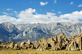 picture of mt whitney  - RRocky range of the Alabama Hills inf ront on the tower mountains ner the Mt Whitney Portal - JPG