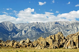 image of mt whitney  - RRocky range of the Alabama Hills inf ront on the tower mountains ner the Mt Whitney Portal - JPG
