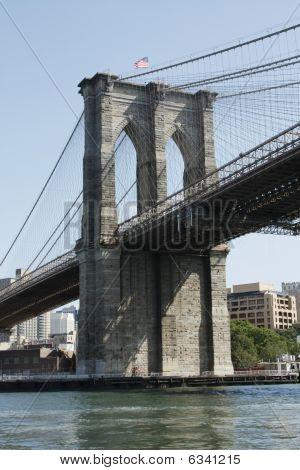 Brooklyn Bridge Upstream Side Angle