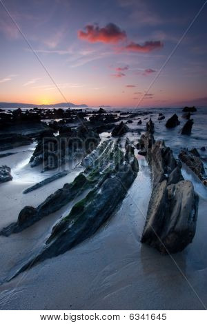 Get Dark In The Beach Of Barrika