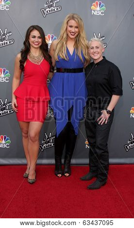 LOS ANGELES - APR 15:  Kristen Merlin, Dani Moz, Tess Boyer at the NBC's