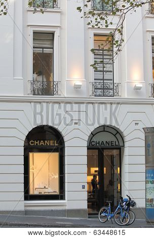 Chanel shop Melbourne