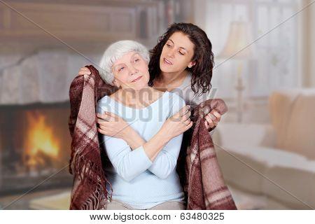 Daughter Carefully Conceals Mom Blanket