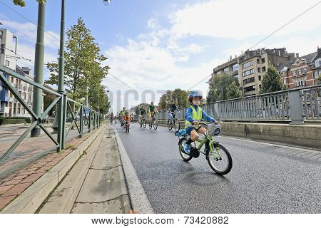 Car Free Streets On Tervueren Ave As Part Of Brussels City's - 2014