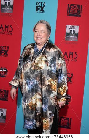 LOS ANGELES - OCT 5:  Kathy Bates at the