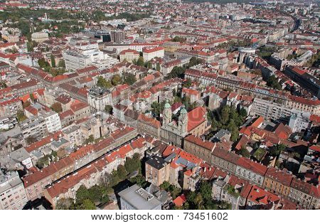 ZAGREB, CROATIA - OCTOBER 14: Basilica of the Sacred Heart and the convent of the Society of Jesus in Zagreb, Croatia, on October 14, 2007