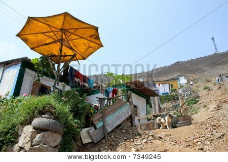 Sluma, América do Sul, Lima