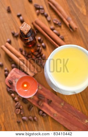 aroma lamp and oil