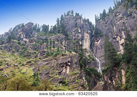 Jogini Waterfall, Manali