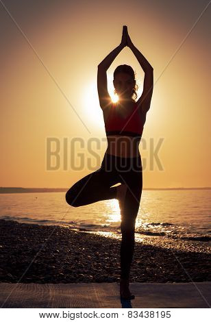 Yoga at the sea