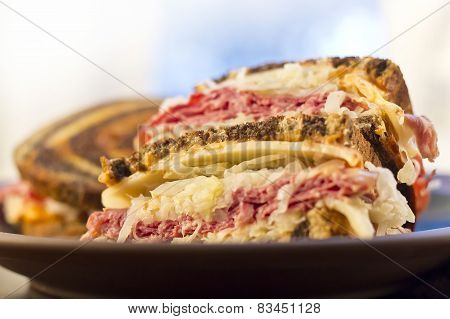 Reuben Chips Pickle