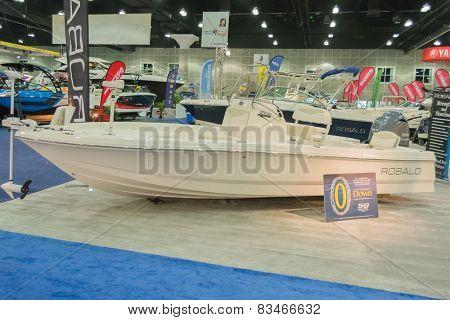 Robalo Boat On Display