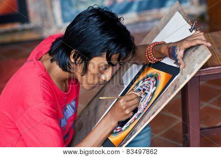 Artist Creates Kalachakra Mandala