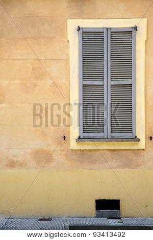 Jerago Window  Varese Palaces Italy    The Concrete  Brick