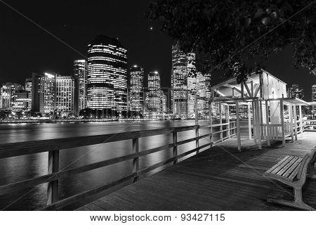Brisbane City nightscape and Kangaroo Point boardwalk