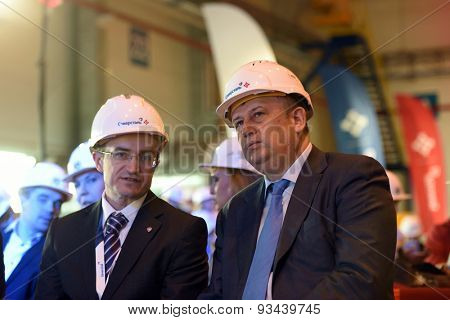 VSEVOLOZHSK, LENINGRAD OBLAST, RUSSIA - JUNE 5, 2015: Leningrad Region acting governor A. Drozdenko (right) and plant general director A. Timoshenko during the presentation of Severstal-SSC-Vsevolozsk