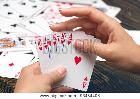 Straight Flush In Female Hands