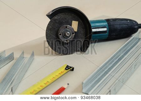 Detachable Machine, Metal Profile, Pencil, Tape Measure