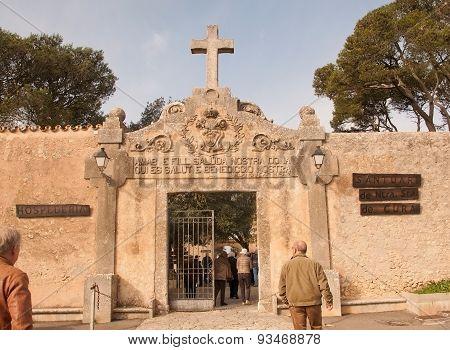Entrance to the monastery Cura