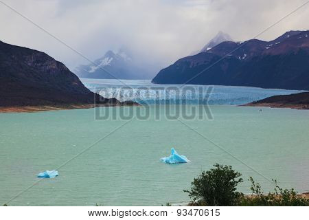 Colossal Perito Moreno glacier in Lake Argentino. Los Glaciares National Park in Argentina. Wintry summer day