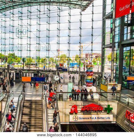 Berlin Hauptbahnhof (hdr)