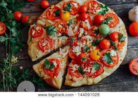 Veggie Pizza. Pizza With Tomatoes, Shallot And Fresh Herbs. Cher