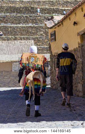 Peruvian Culture And Lifestyle In Ollantaytambo