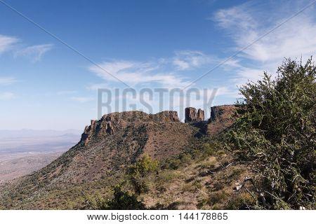 Lookout - Graaff-reinet Landscape