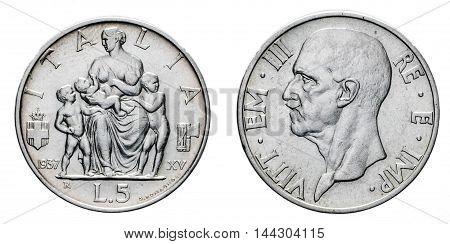 five 5 Lire Silver Coin 1937 Fecondita fertility, fascism age, italy sit down with her children on back and Vittorio Emanuele III Kingdom of Italy on front, Mint of rome