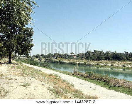 Canal n Yangiyer Uzbekistan September 11 2007