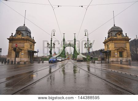 BUDAPEST, HUNGARY - MARCH 13, 2015: Cars driving on the Liberty bridge