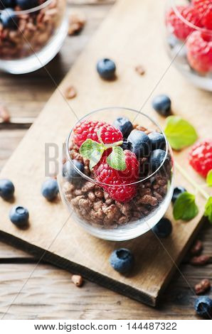 Breakfast With Puffed Rice And Berry