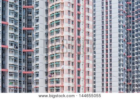Resident apartment building